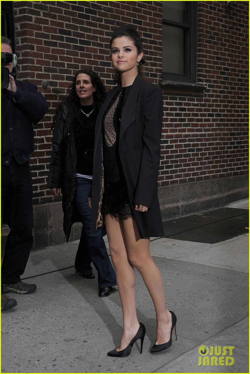 selena gomez late show with david letterman appearance 062832944