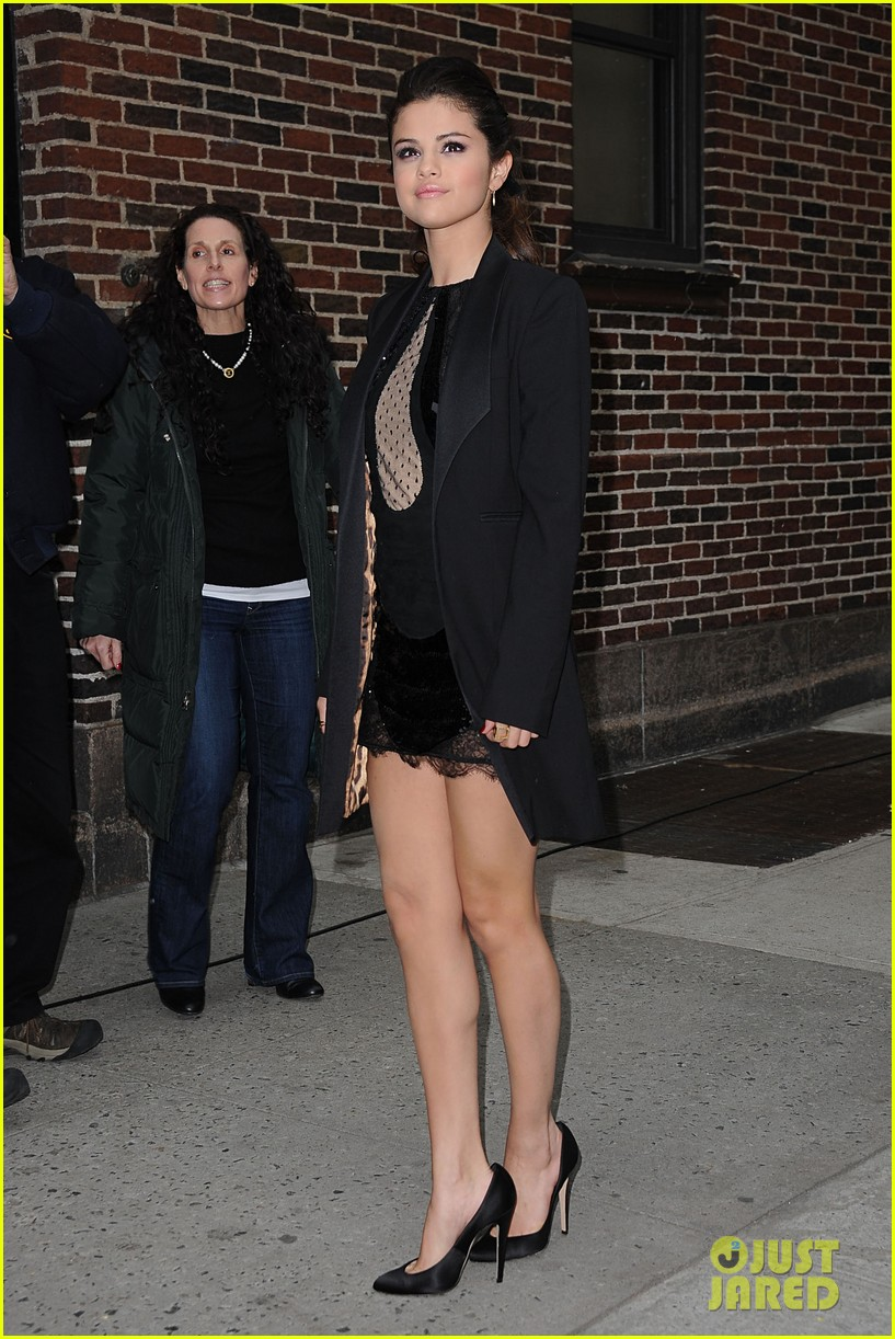 selena gomez late show with david letterman appearance 072832945