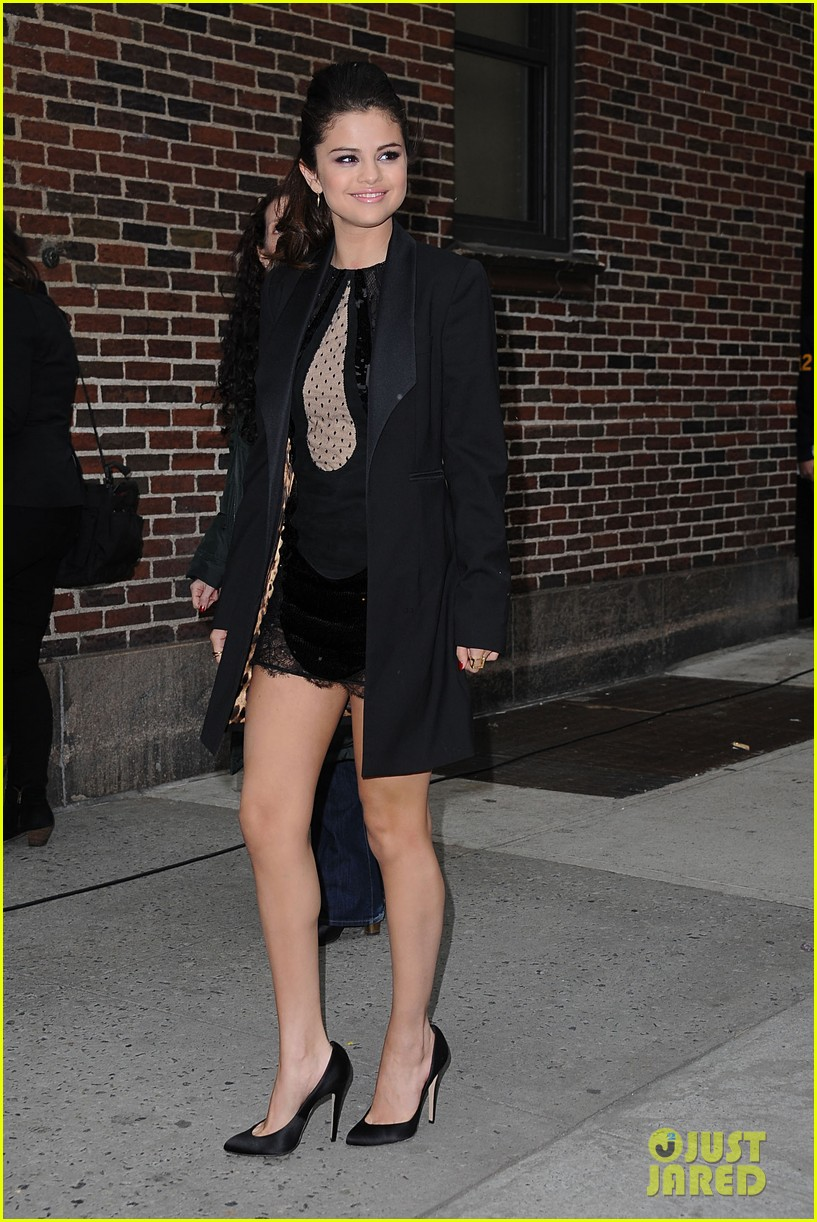 selena gomez late show with david letterman appearance 102832948