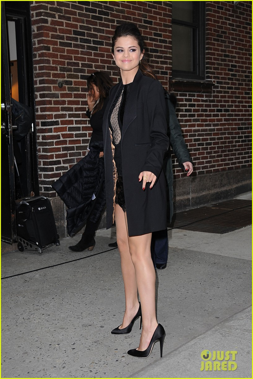 selena gomez late show with david letterman appearance 112832949