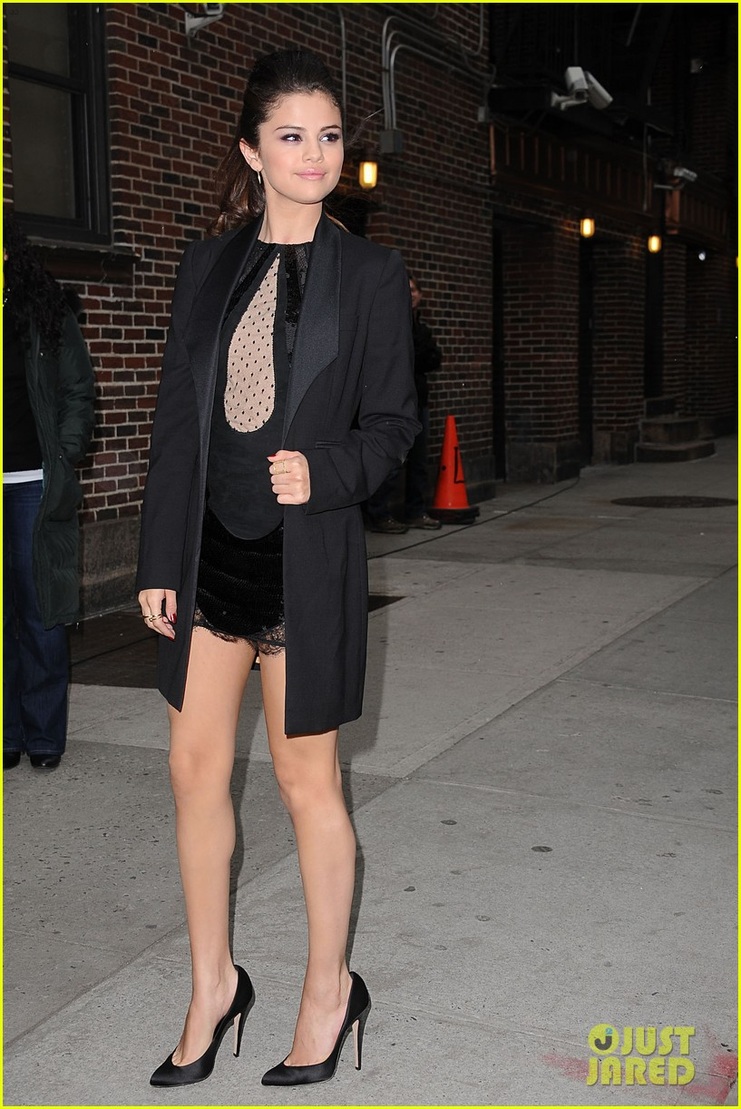 selena gomez late show with david letterman appearance 132832951