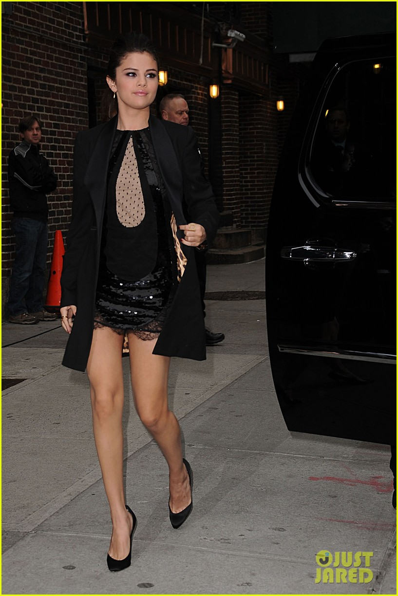 selena gomez late show with david letterman appearance 16