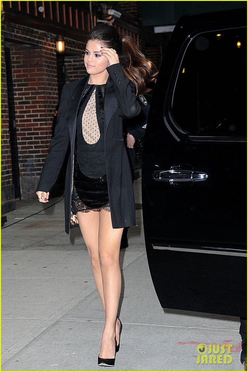 selena gomez late show with david letterman appearance 182832956