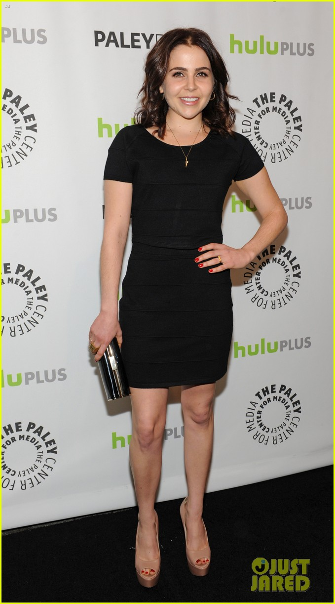 lauren graham paleyfest with parenthood cast 282827191