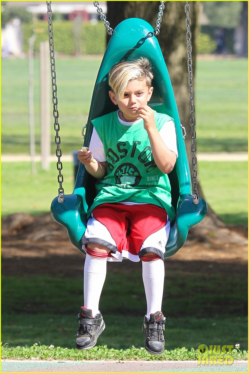 gwen stefani gavin rossdale family fun at the park 042837284