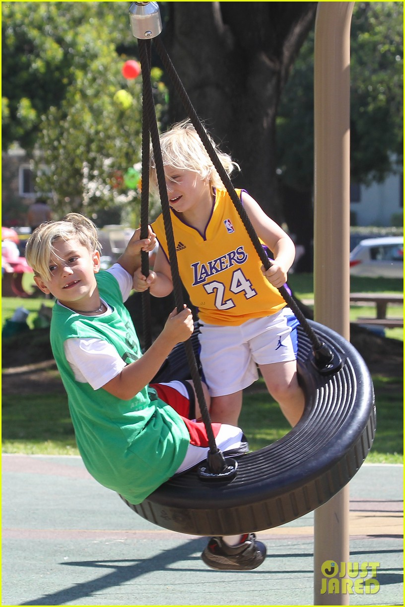 gwen stefani gavin rossdale family fun at the park 112837291