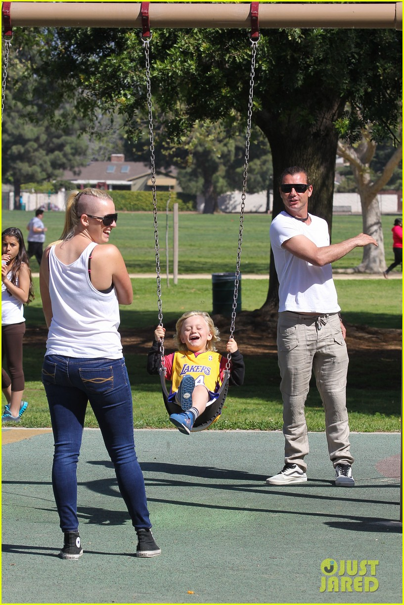 gwen stefani gavin rossdale family fun at the park 152837295