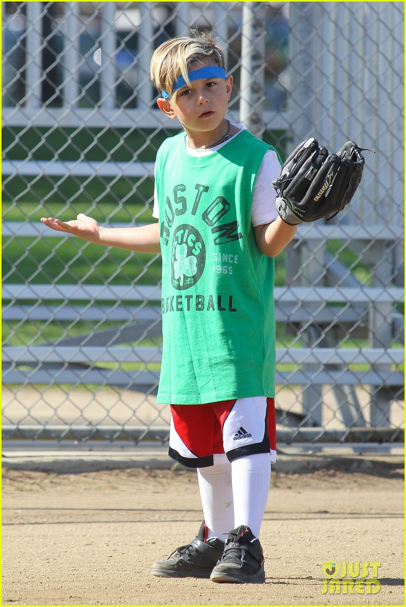 gwen stefani gavin rossdale family fun at the park 182837298