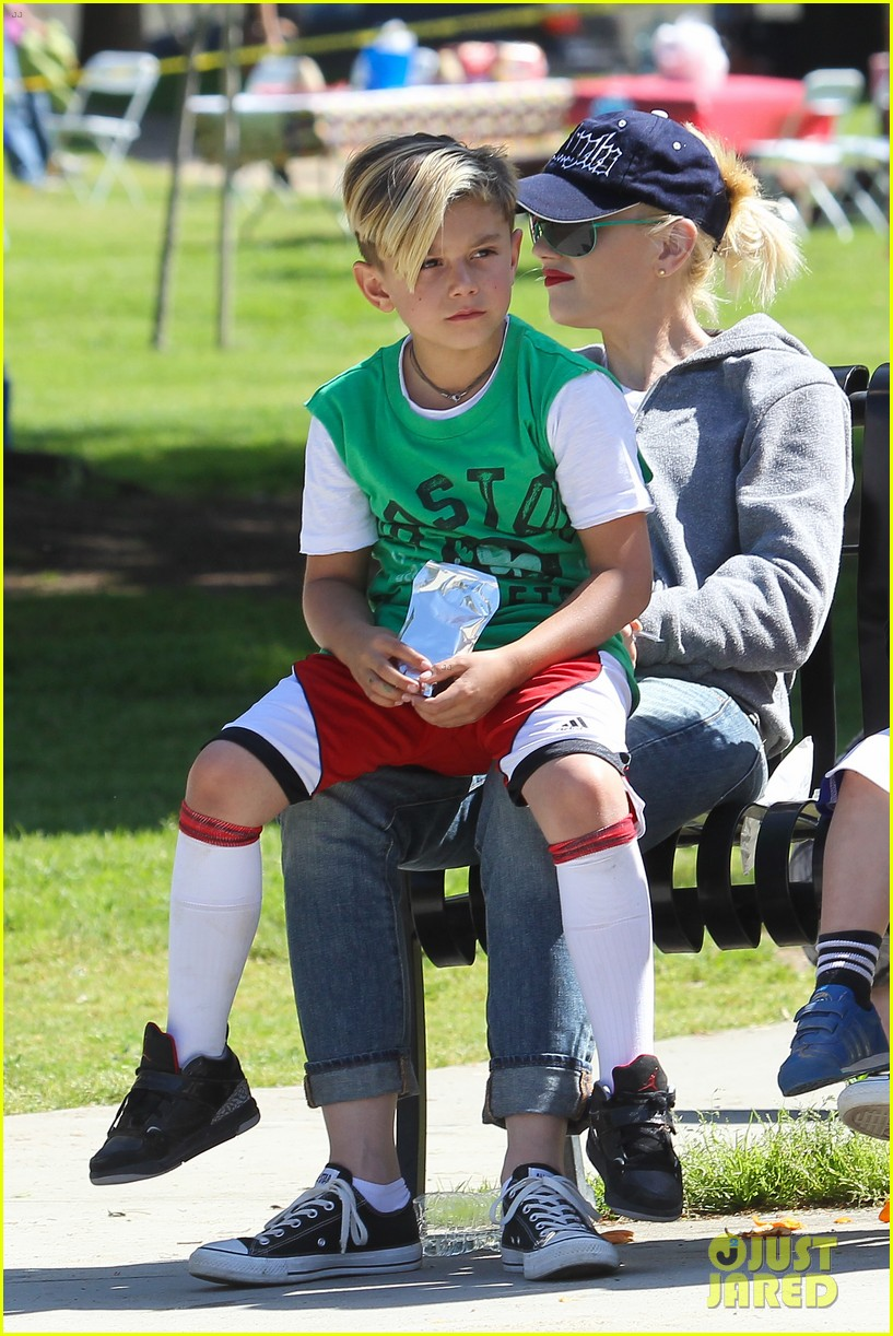 gwen stefani gavin rossdale family fun at the park 272837307