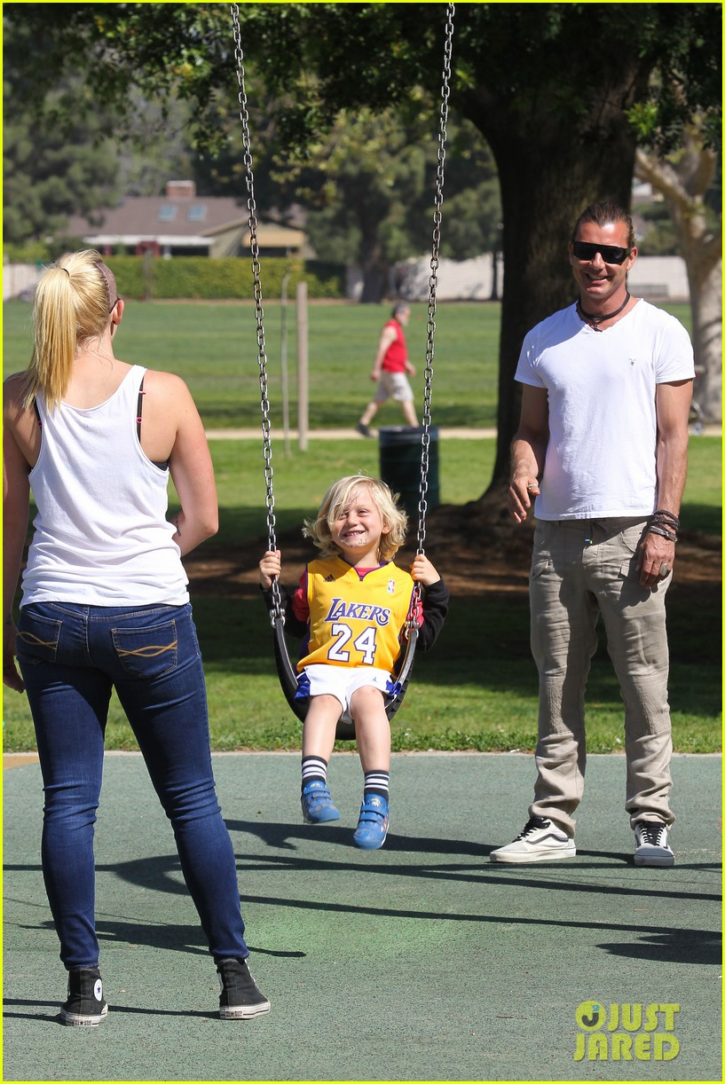gwen stefani gavin rossdale family fun at the park 292837309