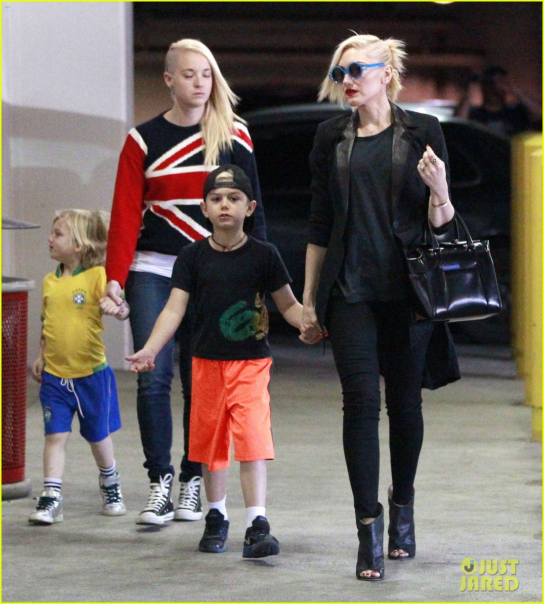 gwen stefani target trip with kingston zuma 232824191