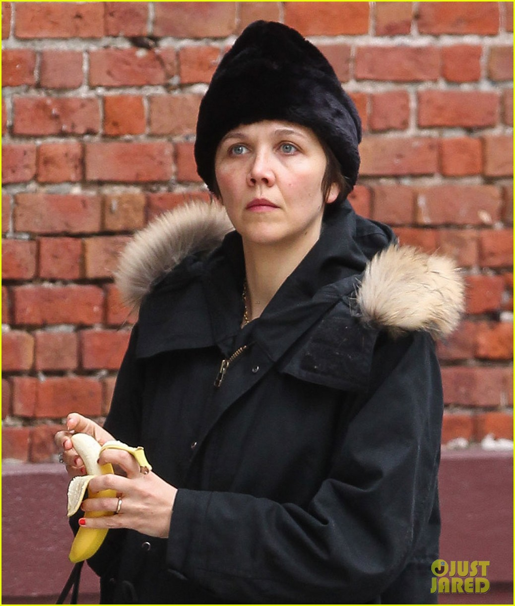 maggie gyllenhaal to perform new musical for sundance 04
