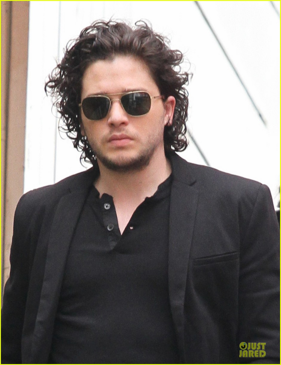 kit harington game of thrones promotion on extra 042833047