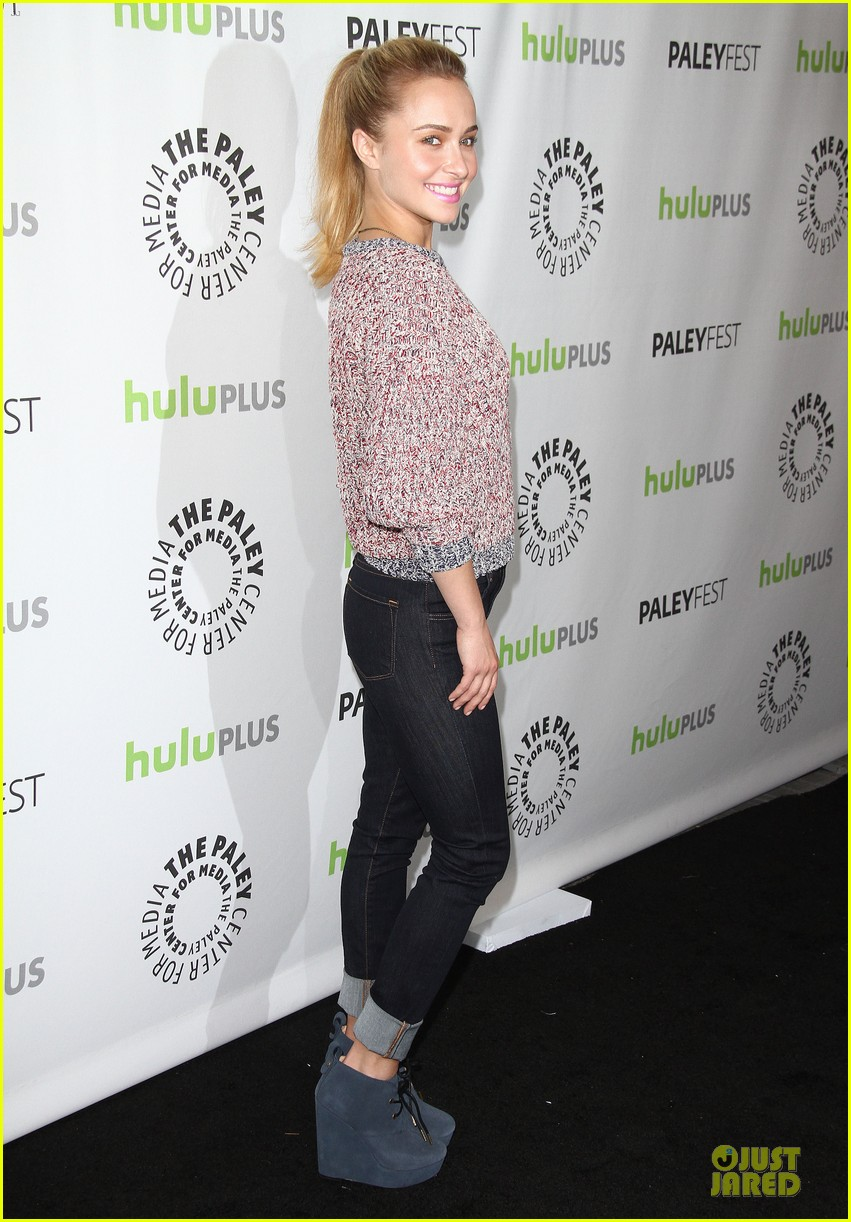 hayden panettiere connie britton paleyfest with nashville cast 22