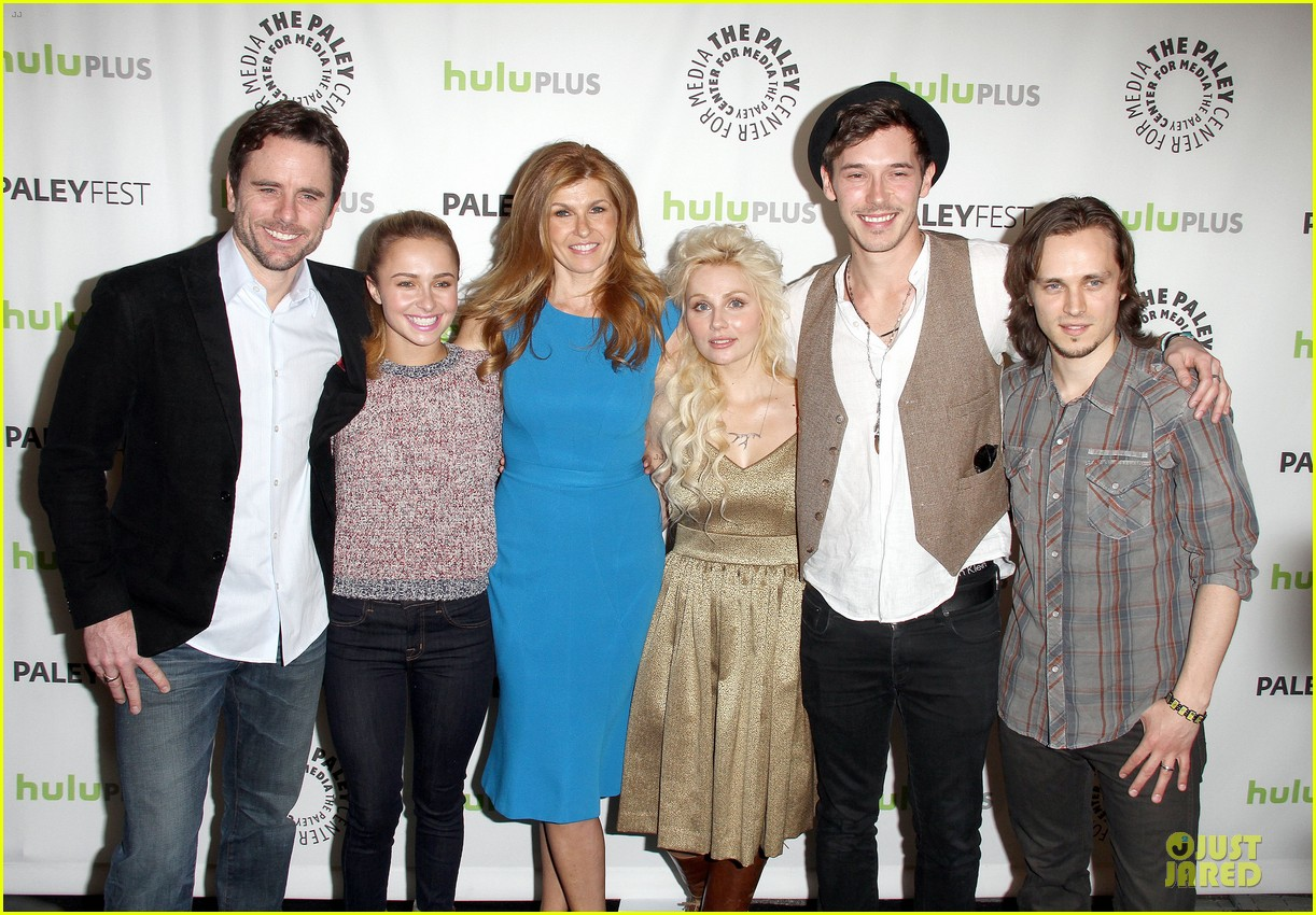 hayden panettiere connie britton paleyfest with nashville cast 412827944