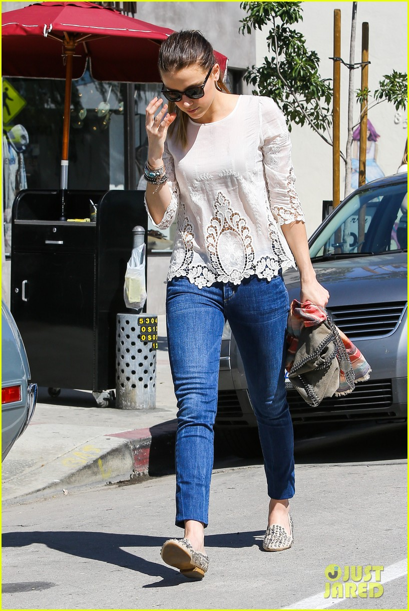 amber heard urth caffe day 12
