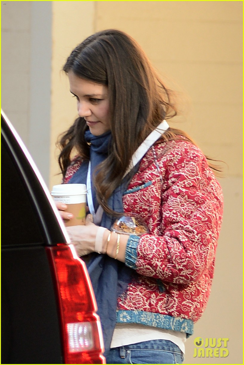 katie holmes lunch date with mom 042825954