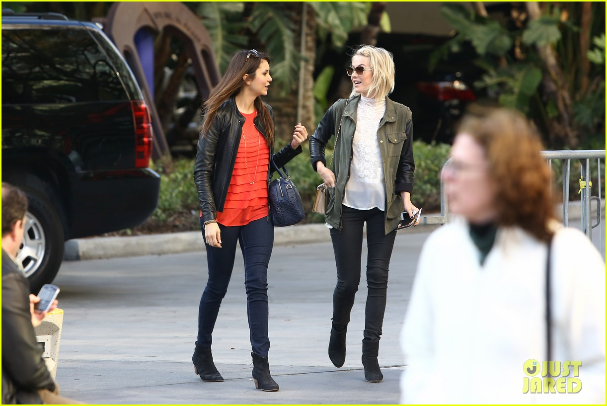 julianne hough post split lakers game with nina dobrev 01