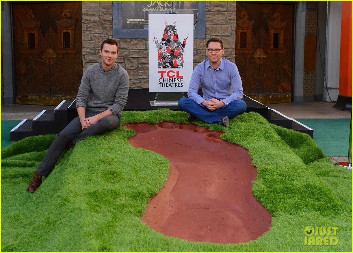 nicholas hoult jack the giant slayer footprint unveiling 072822721