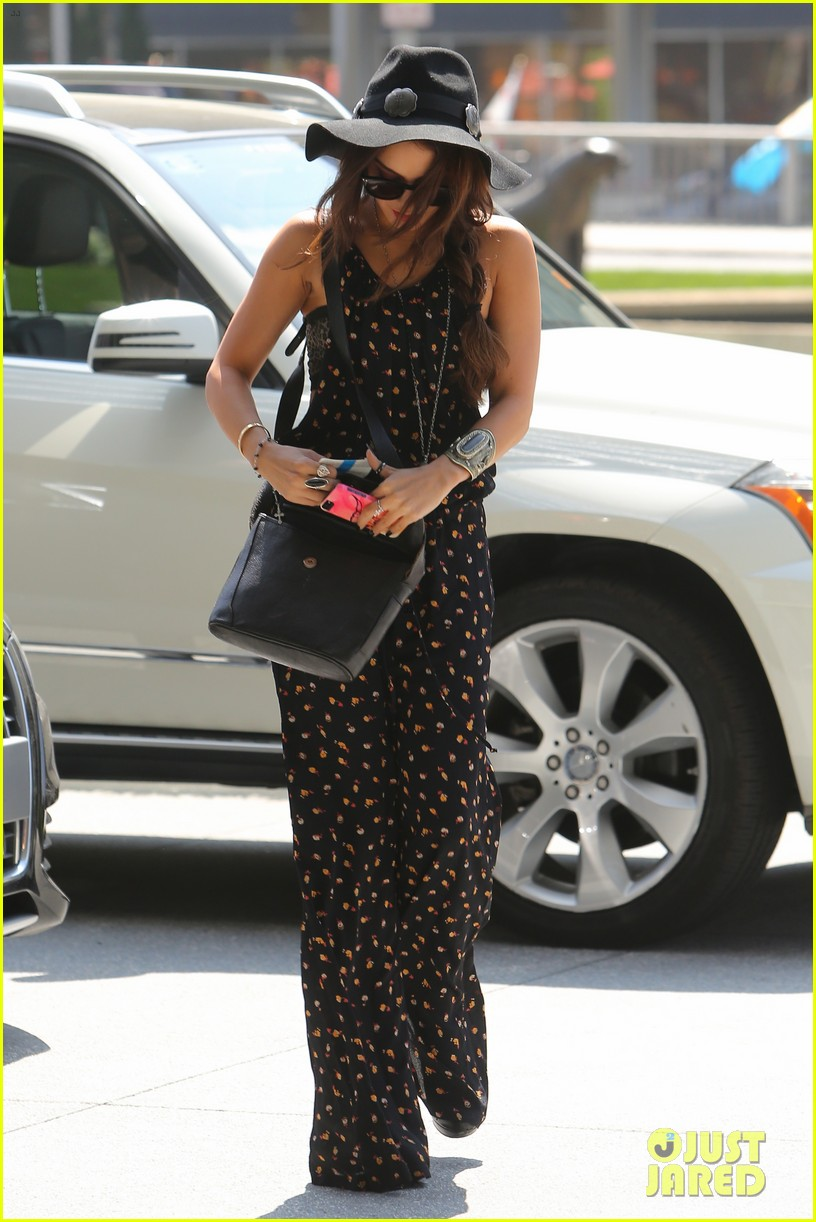 vanessa hudgens festival fashion excitement 072839716