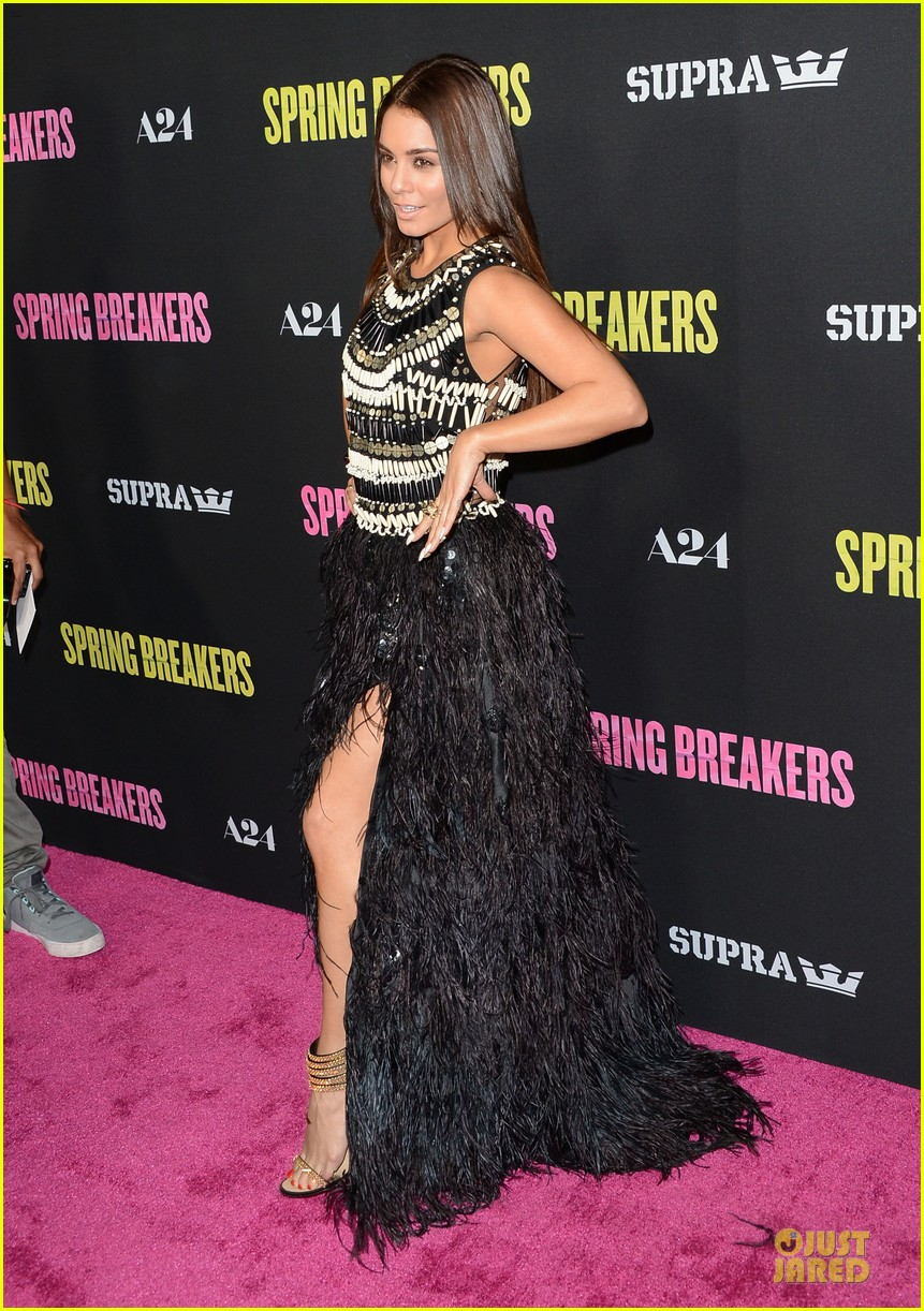 vanessa hudgens ashley benson spring breakers hollywood premiere 072830812