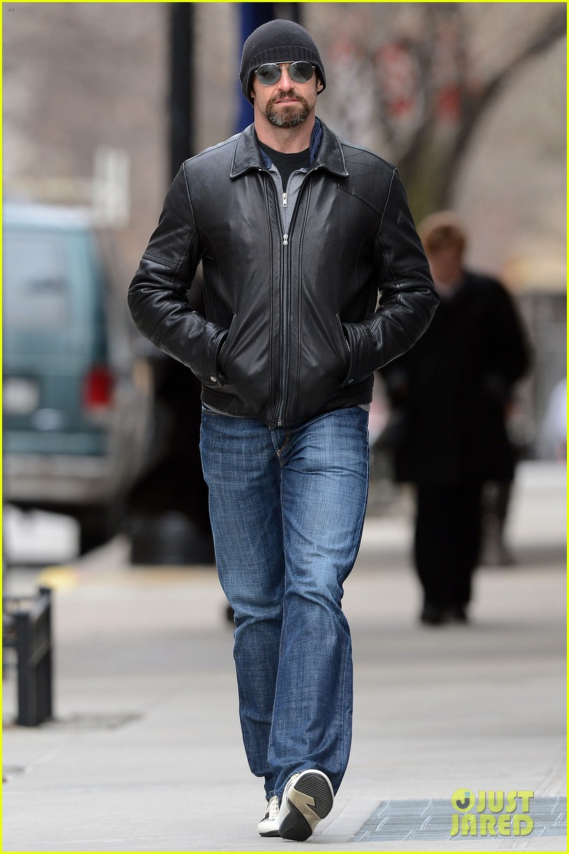 hugh jackman bundled up with ava 052824590