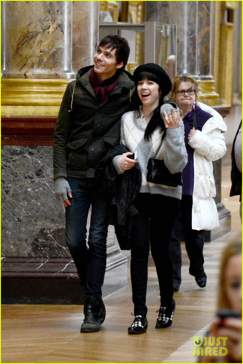 carly rae jepsen matthew koma louvre lovebirds 132833502