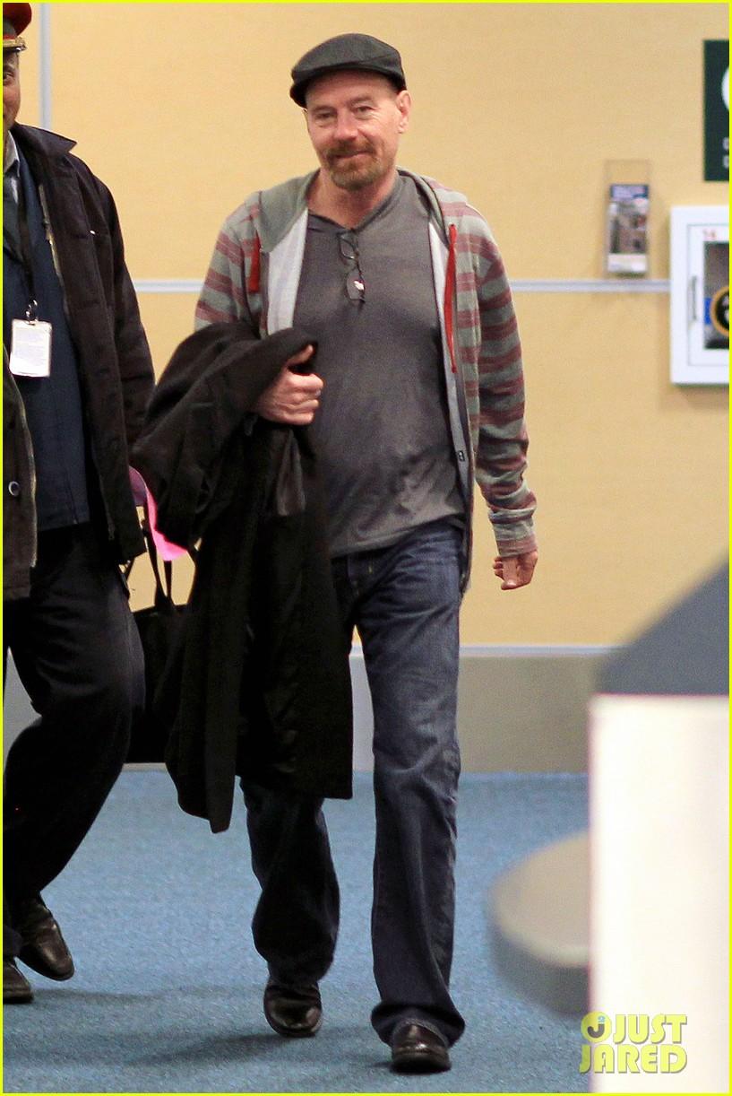 aaron taylor johnson bryan cranston godzilla begins filming 012829339