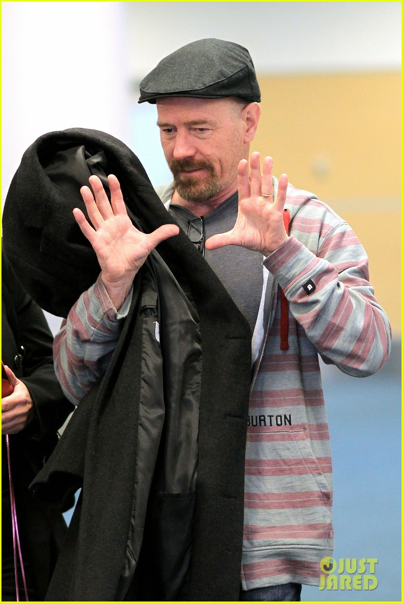aaron taylor johnson bryan cranston godzilla begins filming 032829341
