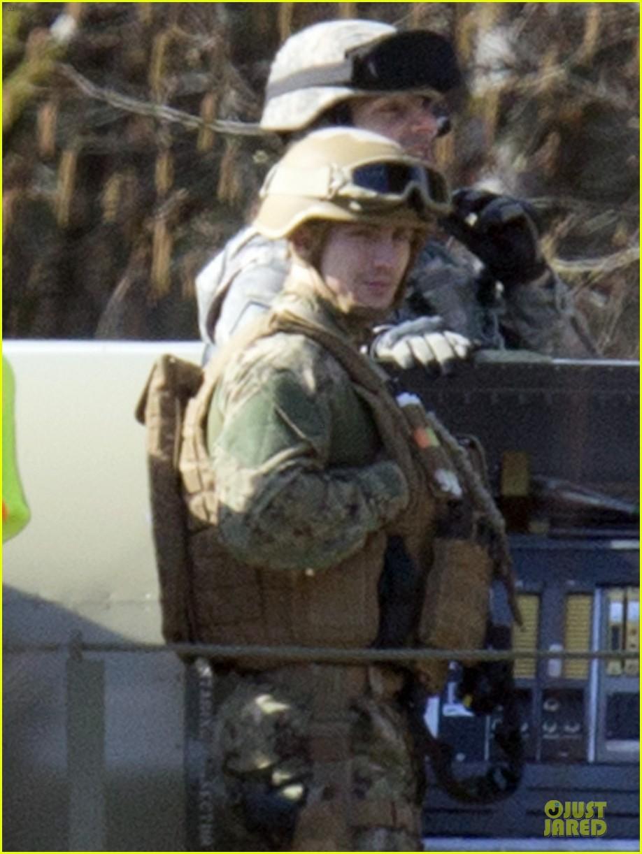 aaron taylor johnson military uniform on godzilla set 022835962