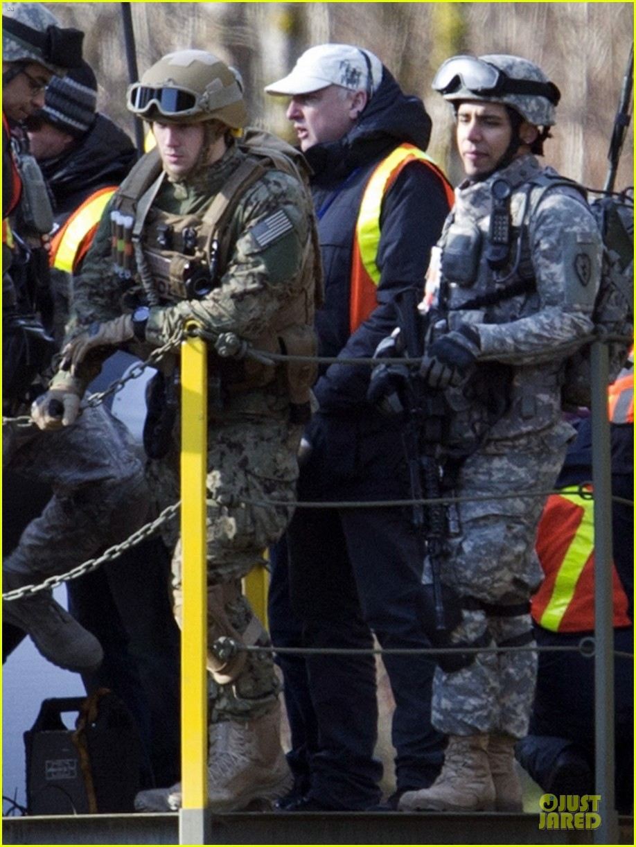 aaron taylor johnson military uniform on godzilla set 032835963