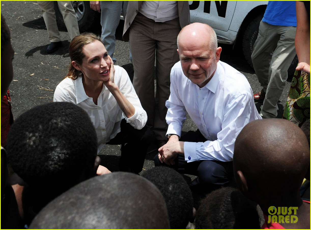 angelina jolie visits rescue camp for women 042838250