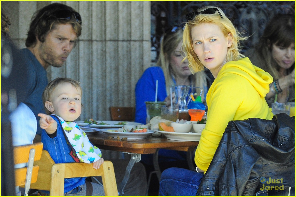 january jones xander le pain quotidien lunch 232825177