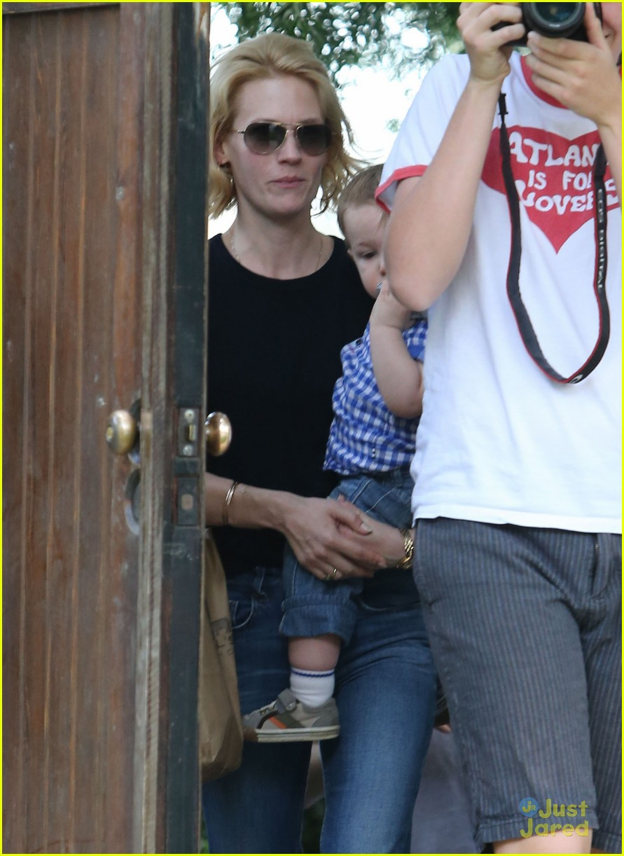 january jones xander le pain quotidien lunch 502825204