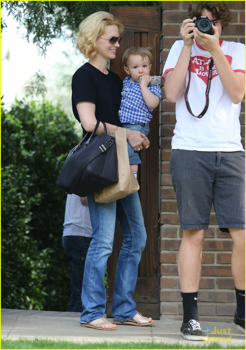 january jones xander le pain quotidien lunch 532825207