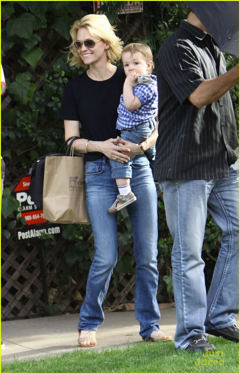 january jones xander le pain quotidien lunch 65