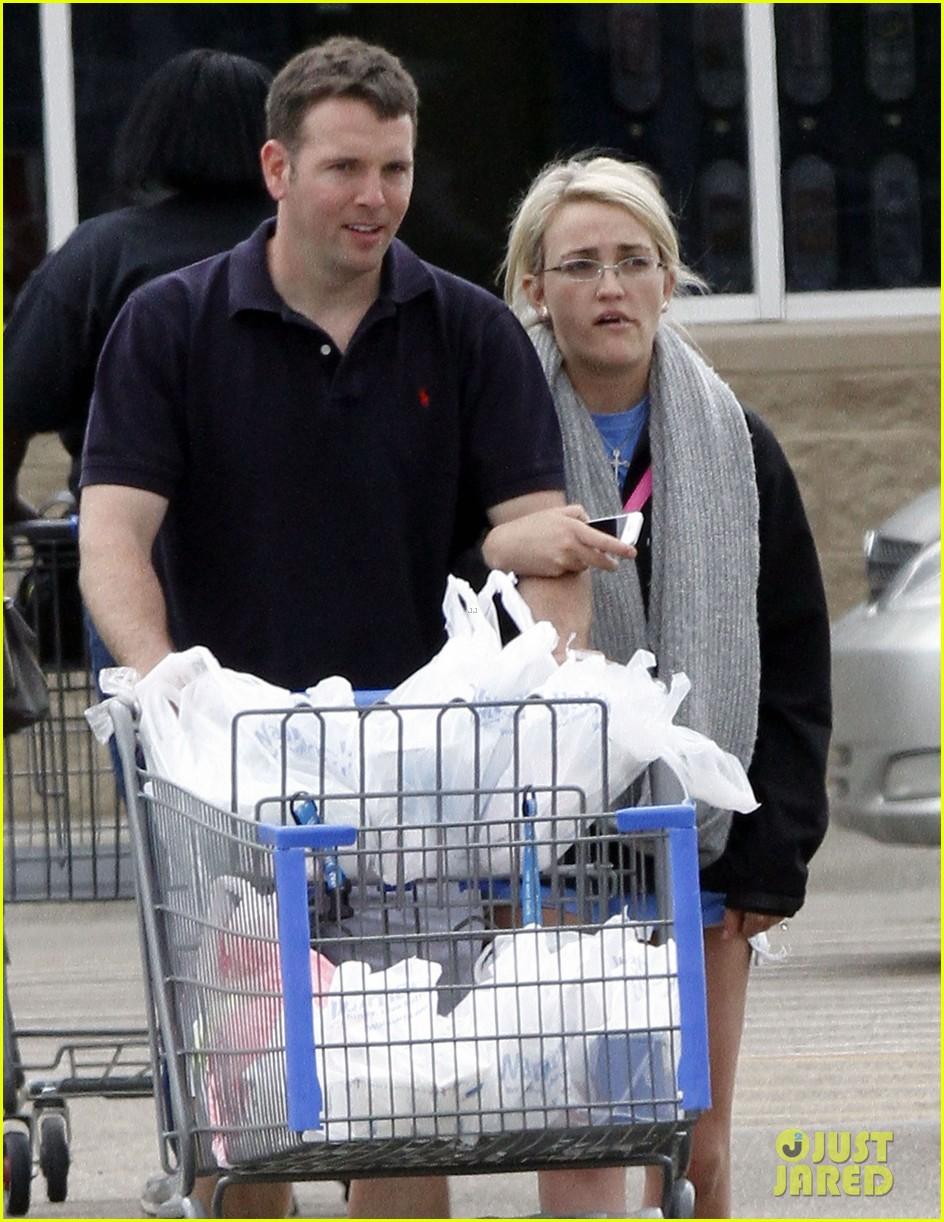 jamie lynn spears grocery shopping with jamie watson 02
