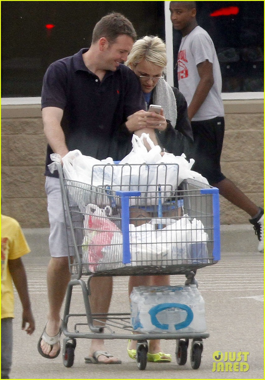 jamie lynn spears grocery shopping with jamie watson 052840638