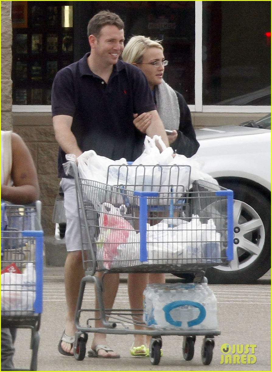 jamie lynn spears grocery shopping with jamie watson 072840640