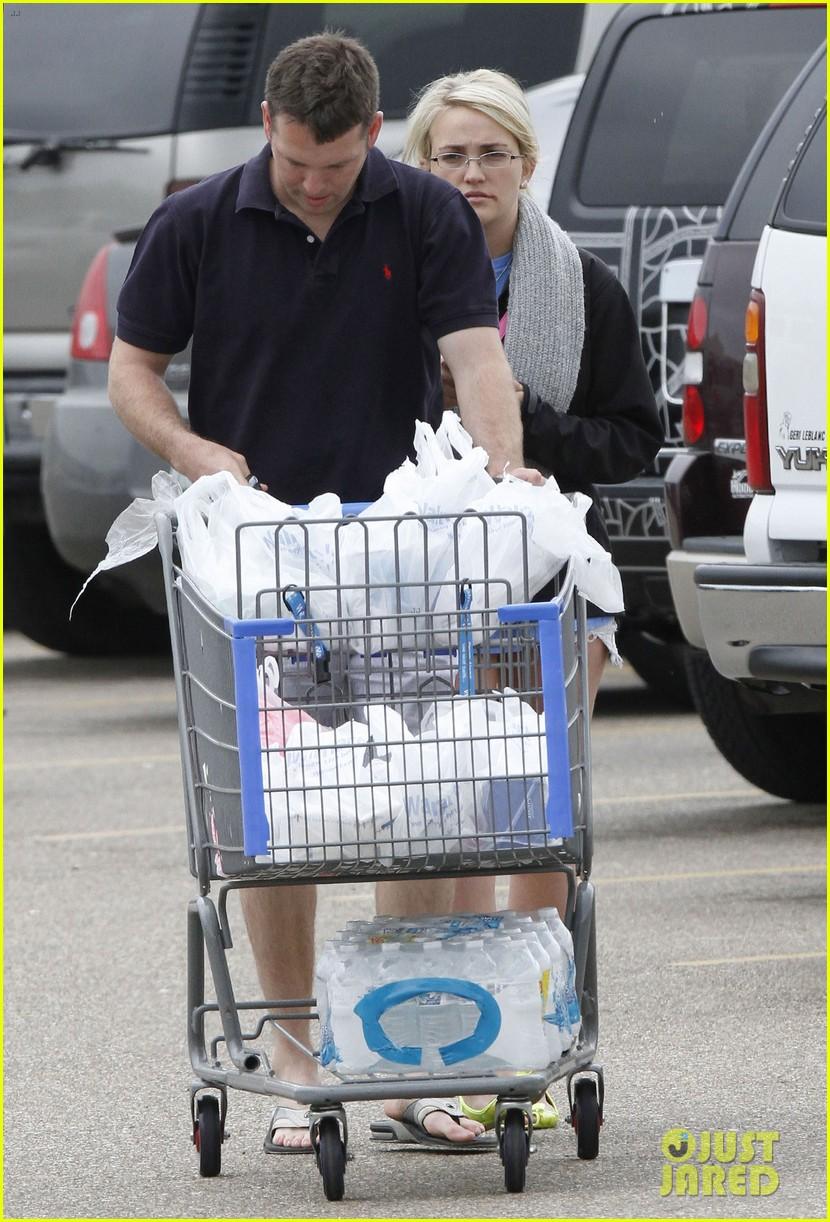 jamie lynn spears grocery shopping with jamie watson 082840641