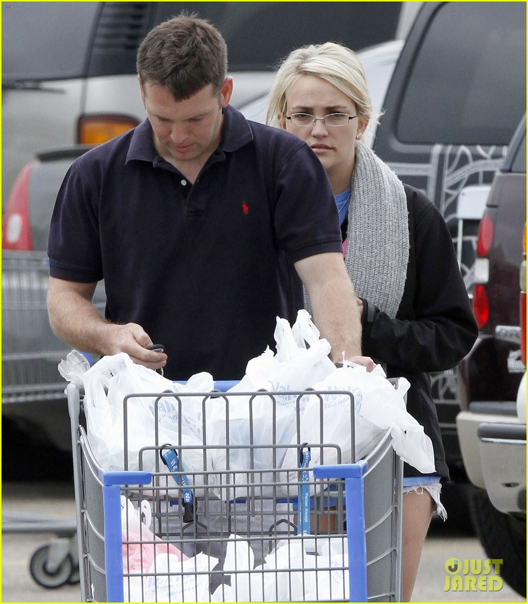 jamie lynn spears grocery shopping with jamie watson 092840642