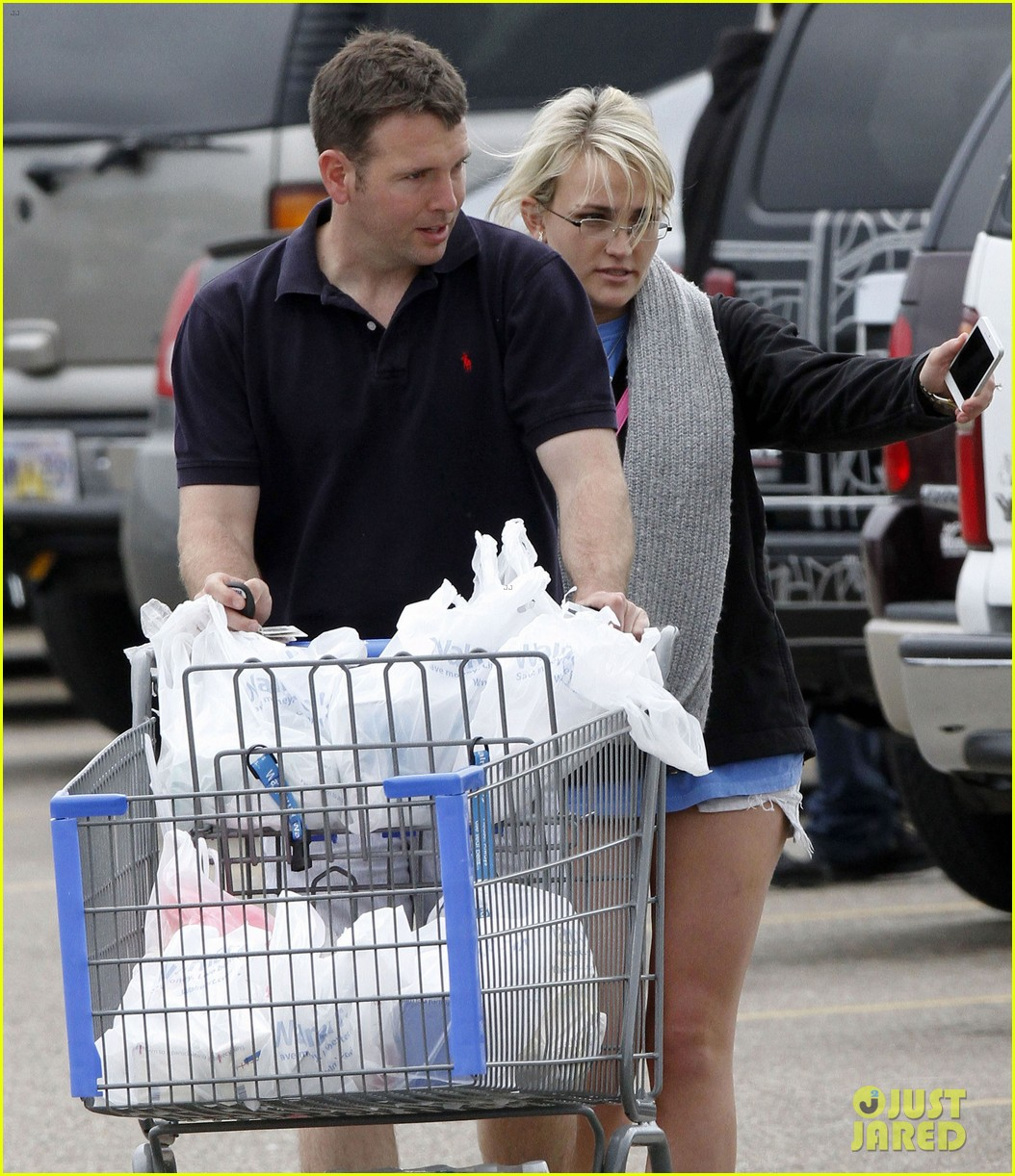 jamie lynn spears grocery shopping with jamie watson 102840643