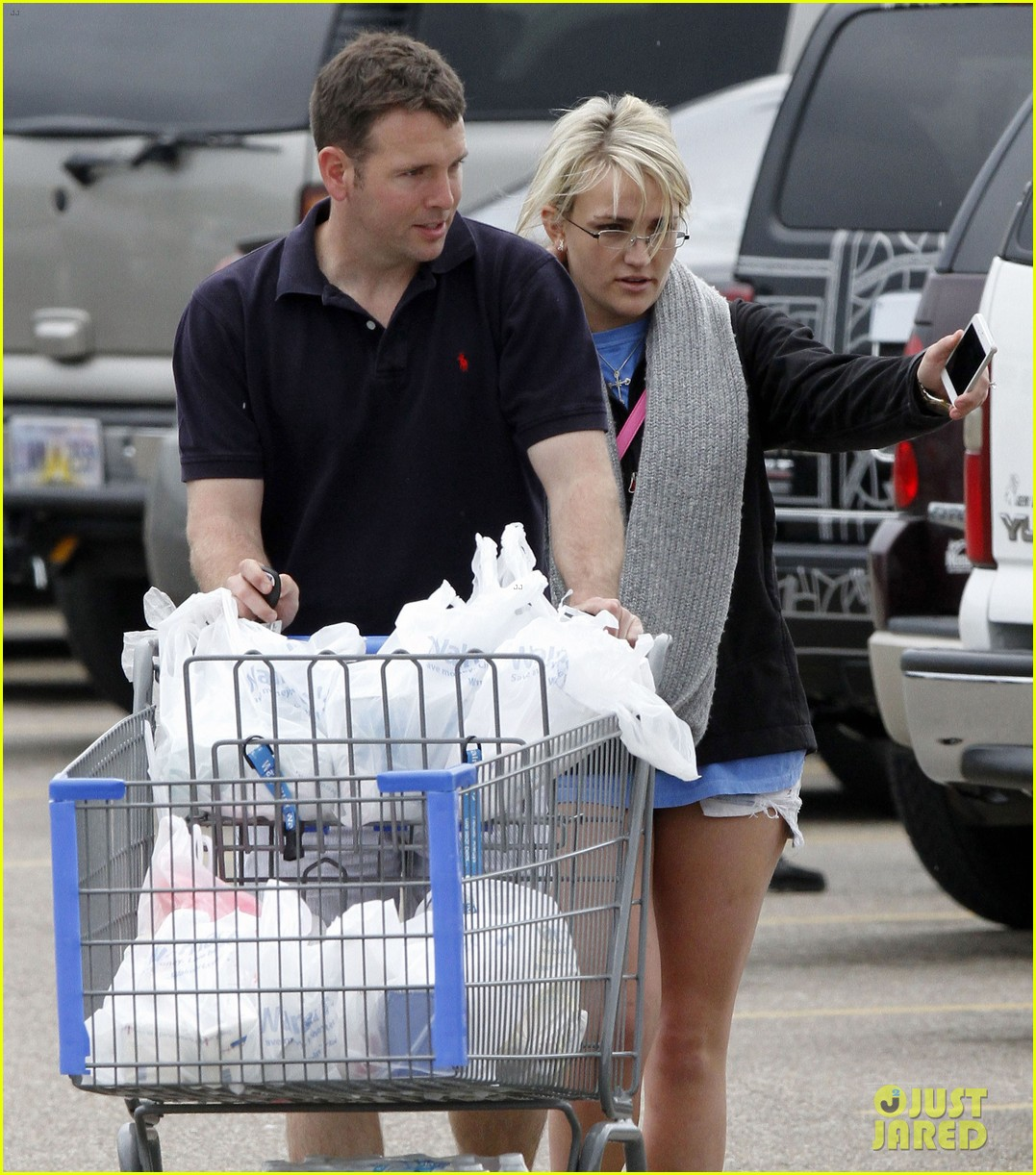 jamie lynn spears grocery shopping with jamie watson 112840644