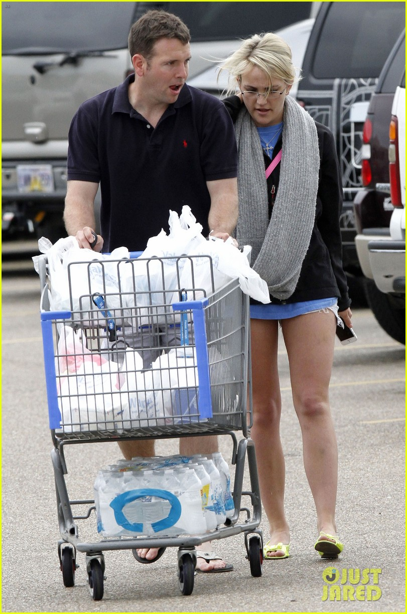 jamie lynn spears grocery shopping with jamie watson 122840645