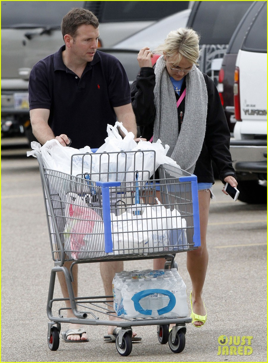 jamie lynn spears grocery shopping with jamie watson 142840647
