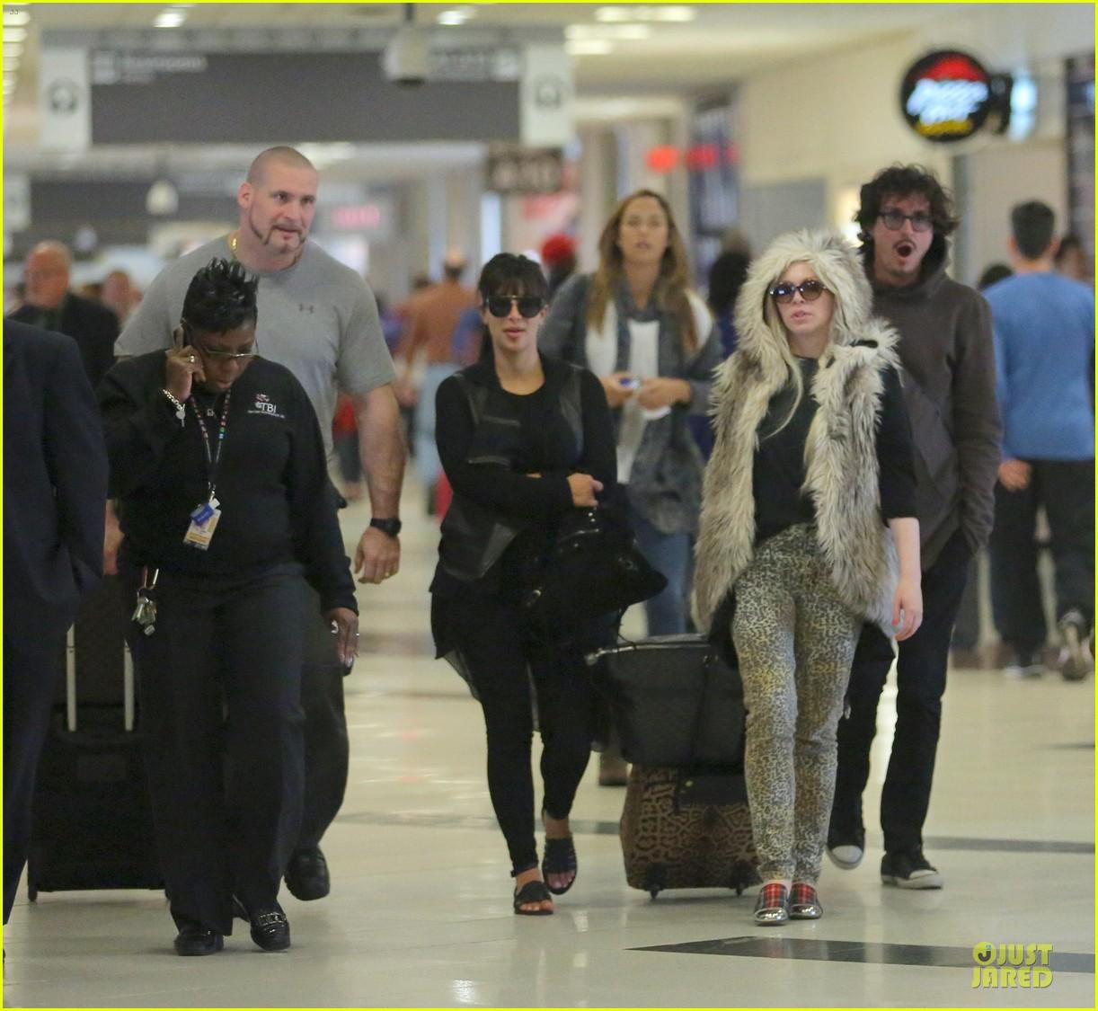 kim kardashian atlanta landing for temptation premiere 052831593