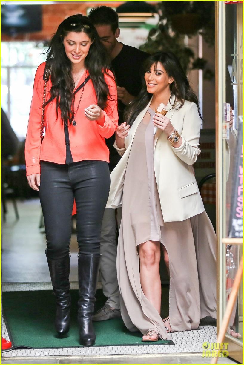 kim kardashian atlanta landing for temptation premiere 062831594