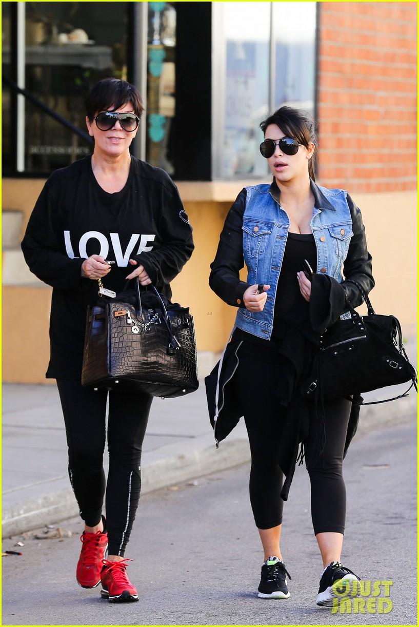 kim kardashian loves expectant mom parking spots 102823276
