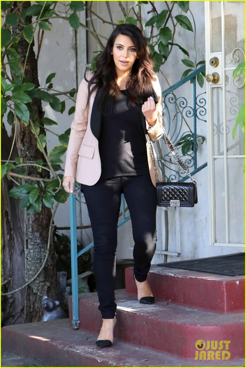 kim kardashian loves expectant mom parking spots 232823289