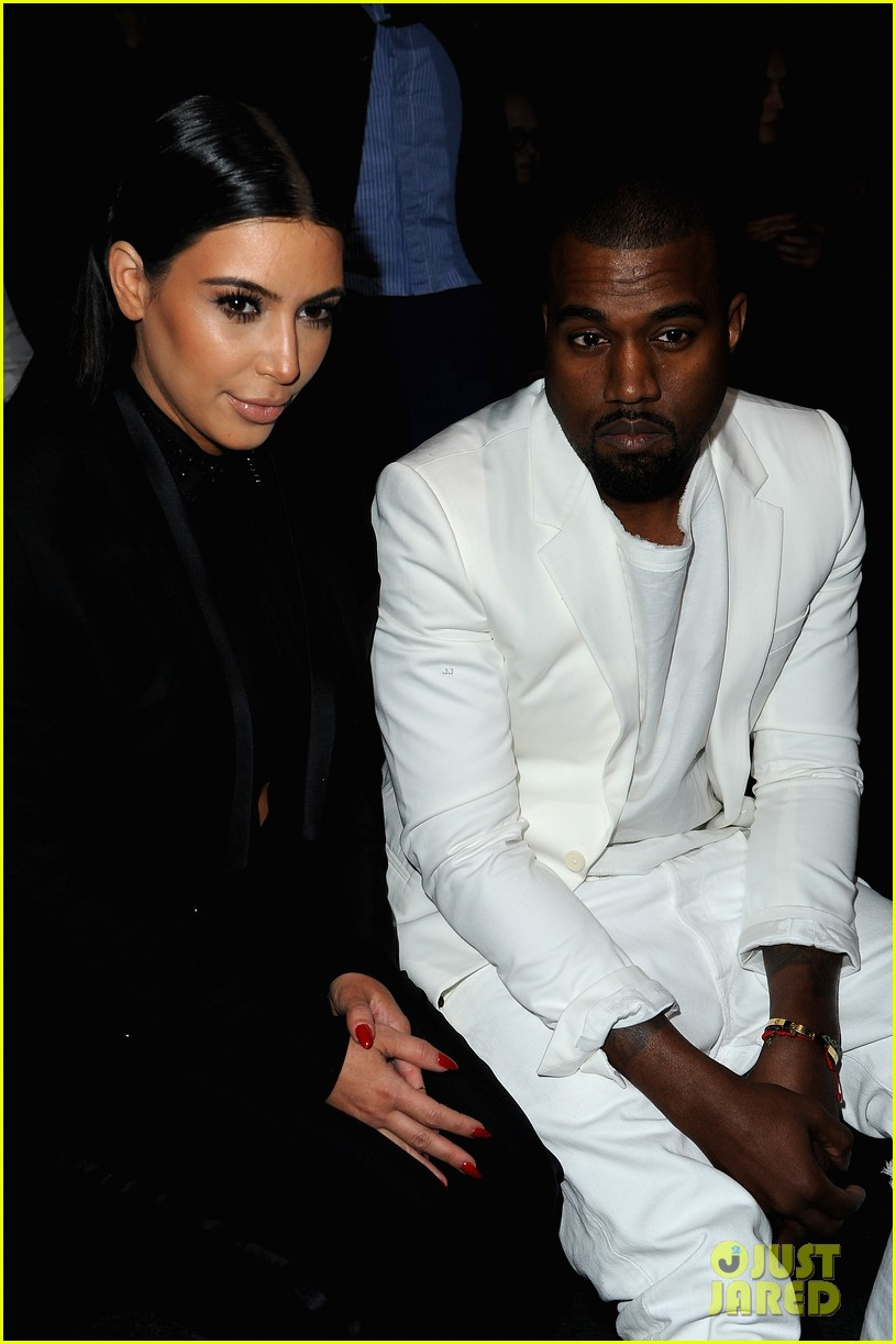 kim kardashian kanye west givenchy show couple 03